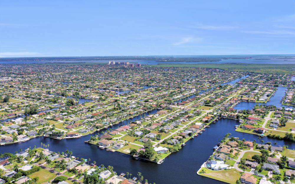 4611 SW 25th Pl, Cape Coral - Home For Sale 1333291773