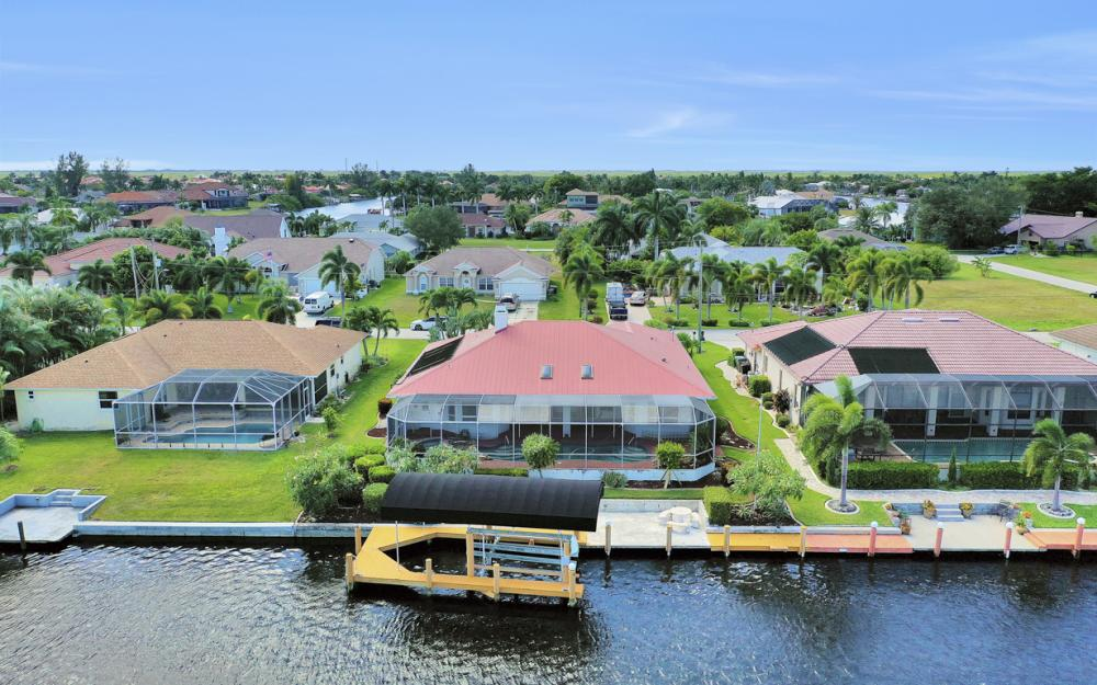 4611 SW 25th Pl, Cape Coral - Home For Sale 513679725