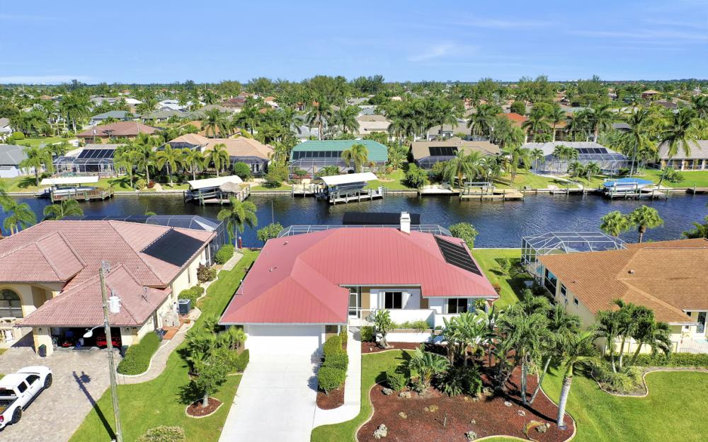 4611 SW 25th Pl, Cape Coral - Home For Sale 455180906