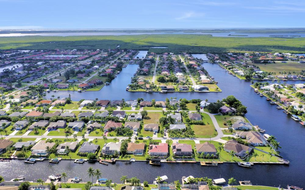 4611 SW 25th Pl, Cape Coral - Home For Sale 1691338482