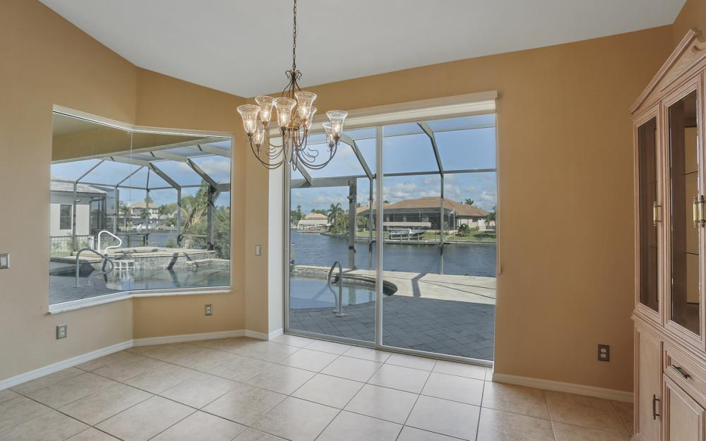 2211 SW 49th St, Cape Coral - Home For Sale 2002747367