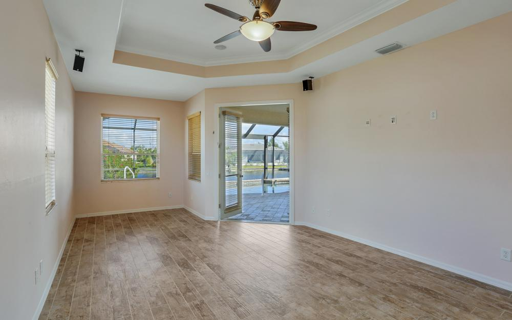 2211 SW 49th St, Cape Coral - Home For Sale 2114394039