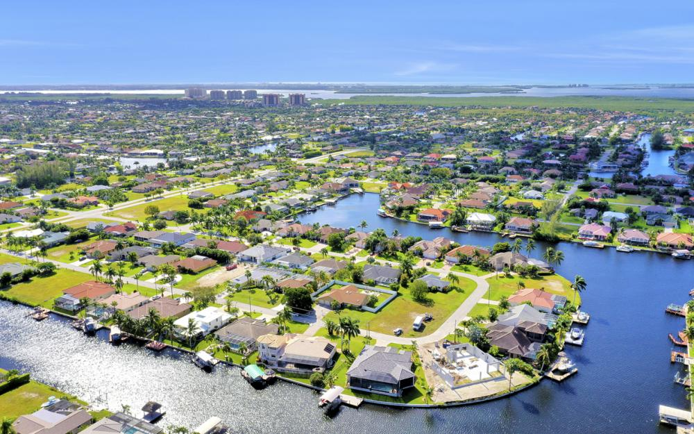 2211 SW 49th St, Cape Coral - Home For Sale 1687652142
