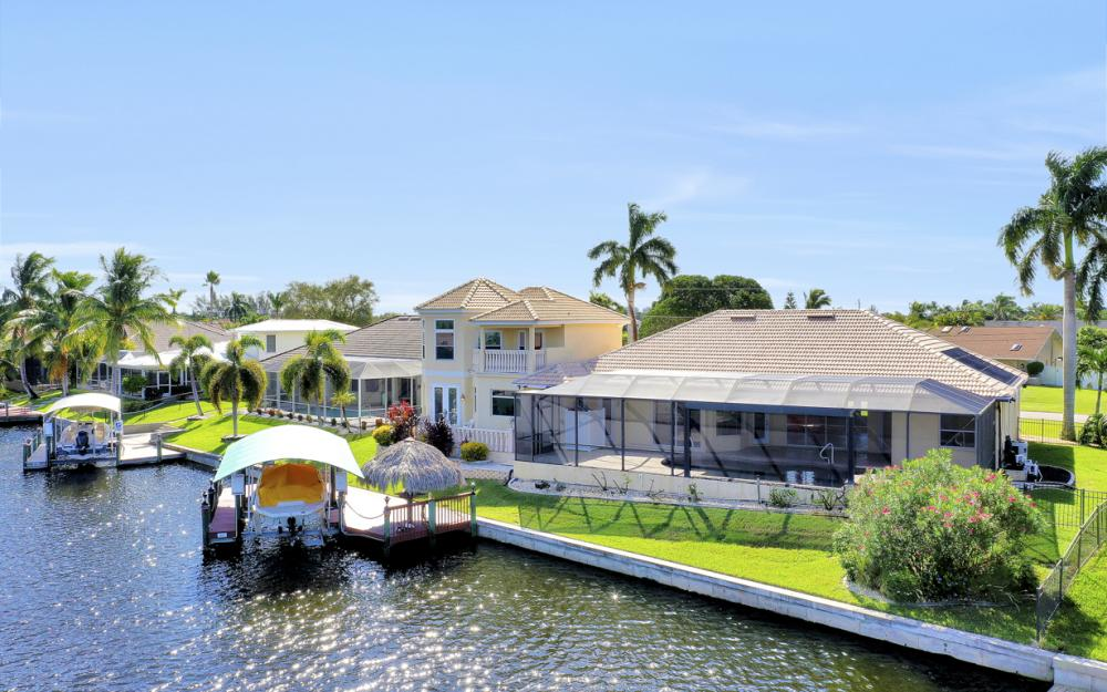 2211 SW 49th St, Cape Coral - Home For Sale 90995519
