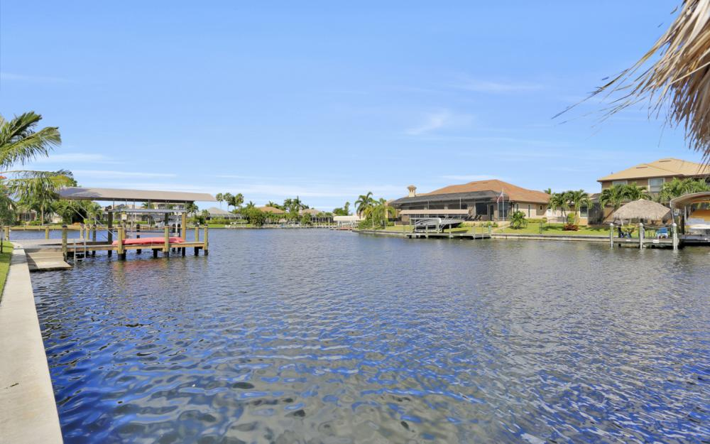 2211 SW 49th St, Cape Coral - Home For Sale 2035560472