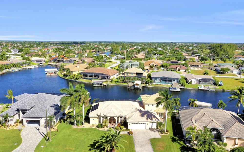 2211 SW 49th St, Cape Coral - Home For Sale 1534956283