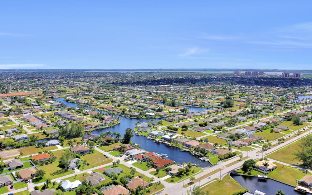 2024 SW 44th Ter Cape Coral - Home For Sale 1265926462