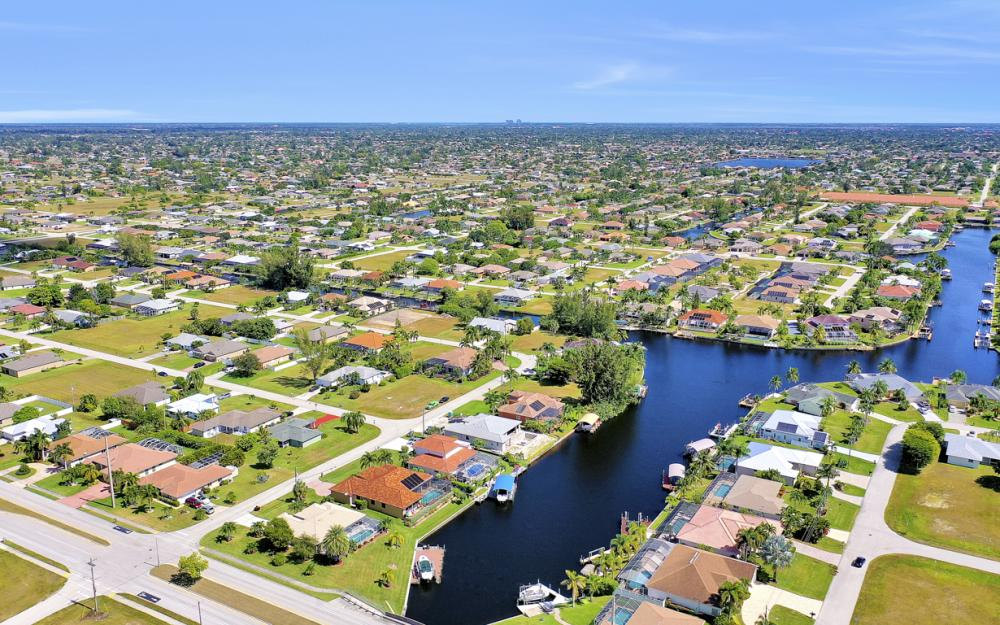 2024 SW 44th Ter Cape Coral - Home For Sale 1985854137