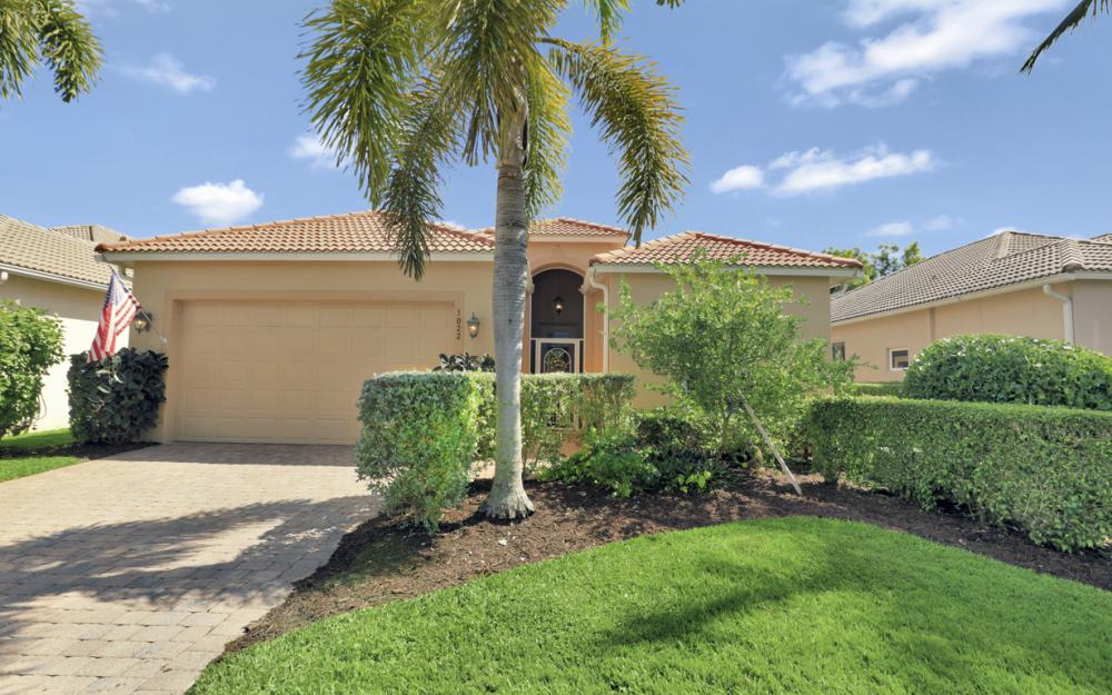1022 Jardin Dr, Naples - Home For Sale 348570023