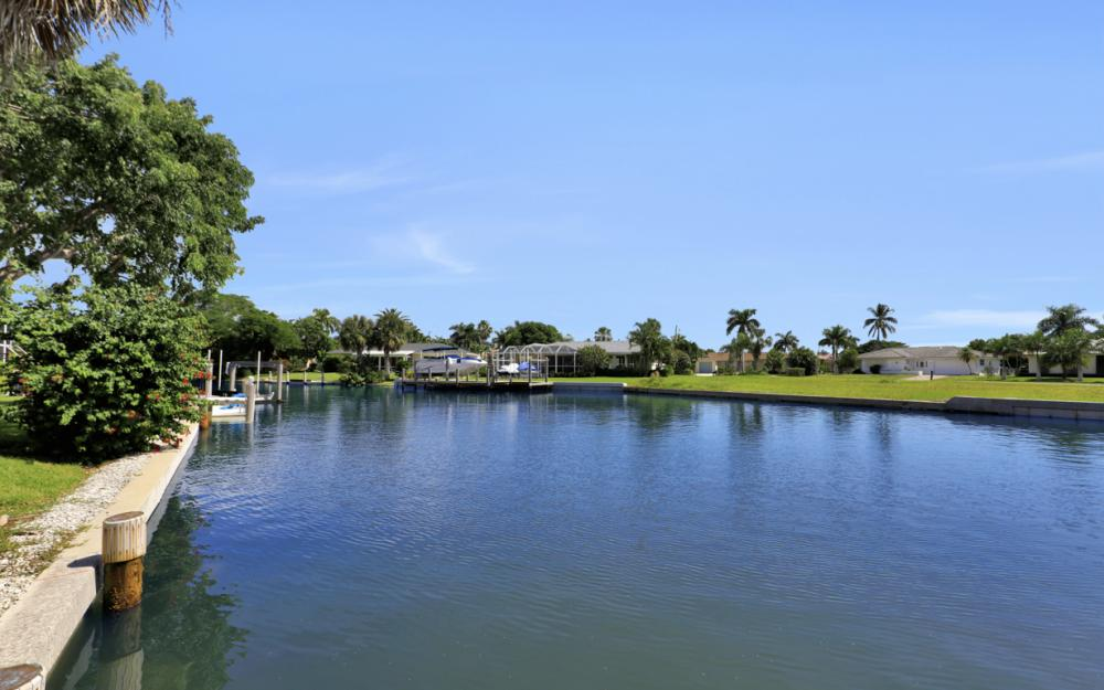 795 Dove Ct, Marco Island - Home For Sale 294297053
