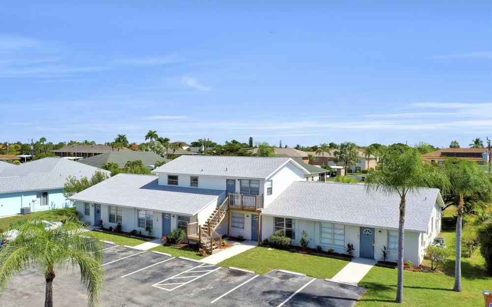 4705 SE 4th Pl, Cape Coral - Home For Sale 747345176