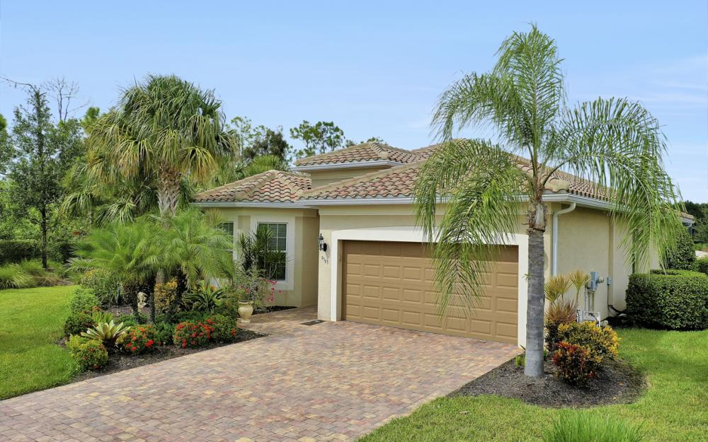 9563 Coquina Cir, Naples - Home For Sale 1025482775