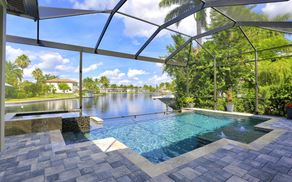 1725 SE 44th St, Cape Coral - Luxury Home For Sale 2056485280