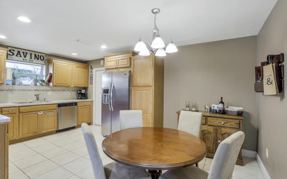 912 Dean Way, Fort Myers - Home For Sale 761455397
