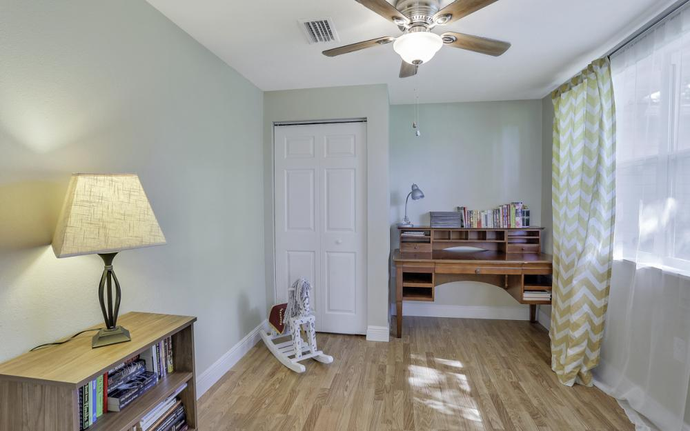 912 Dean Way, Fort Myers - Home For Sale 1873503363