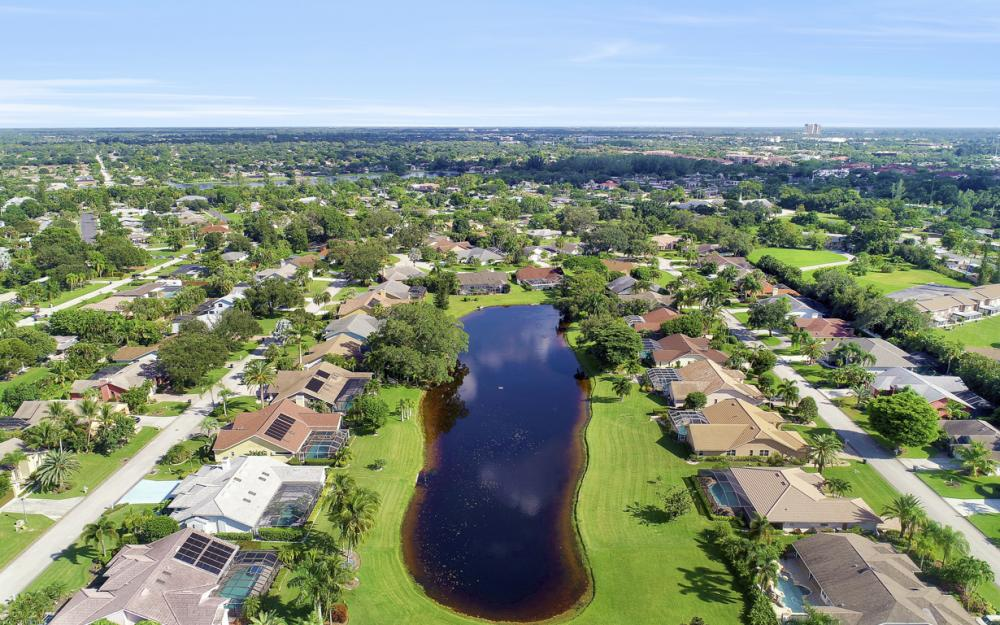 912 Dean Way, Fort Myers - Home For Sale 528244036