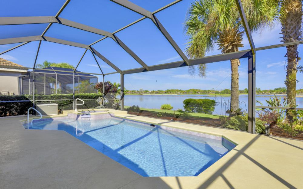 9291 Independence Way, Fort Myers - Home For Sale 39693545