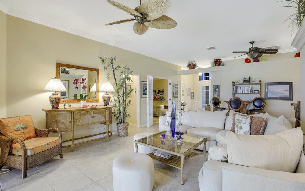 9291 Independence Way, Fort Myers - Home For Sale 32041419