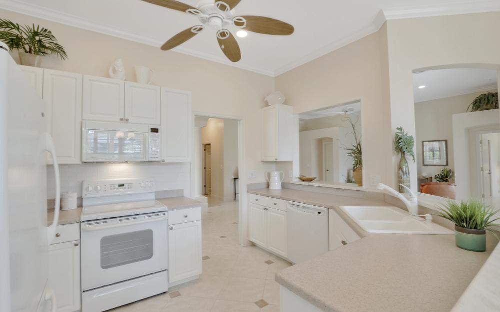 2251 Island Cove Cir, Naples - Home For Sale 1664008673