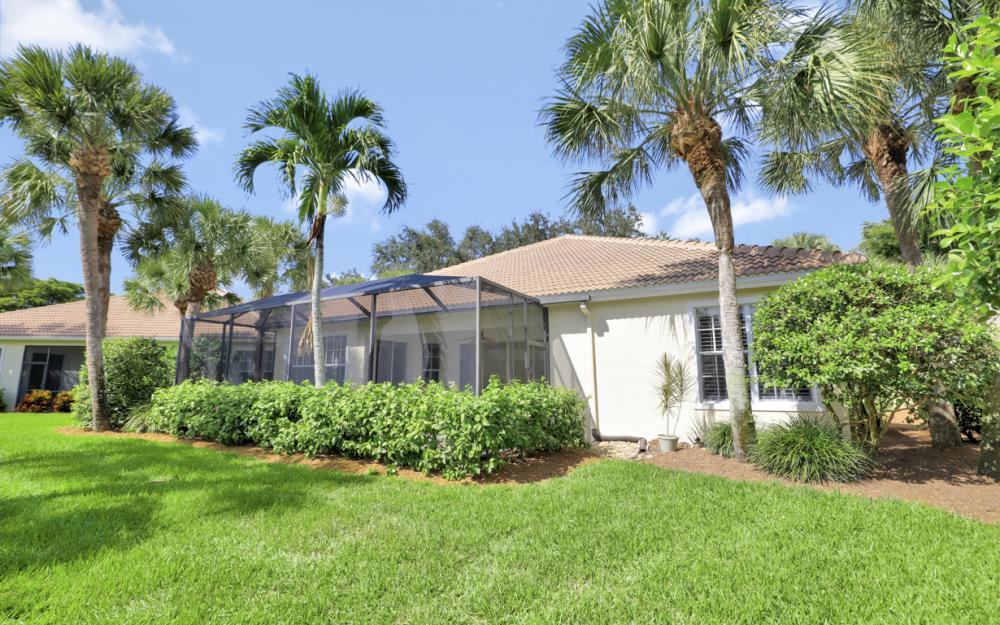 2251 Island Cove Cir, Naples - Home For Sale 887479913