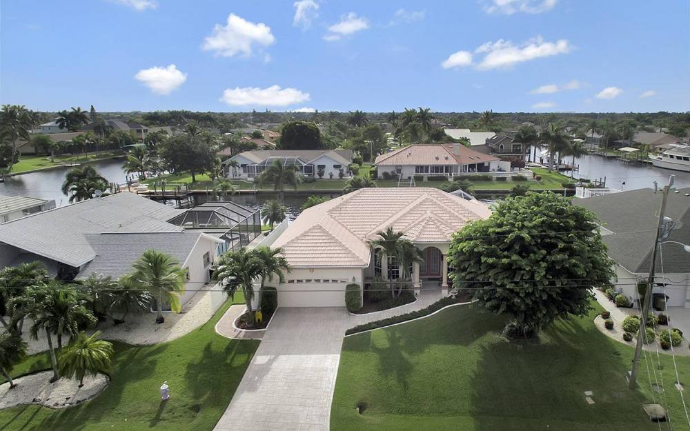 5027 SW 13th Ave, Cape Coral - House For Sale 1716247375