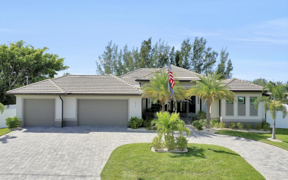 4710 SW 19th Pl, Cape Coral - Luxury Home For Sale 874519772