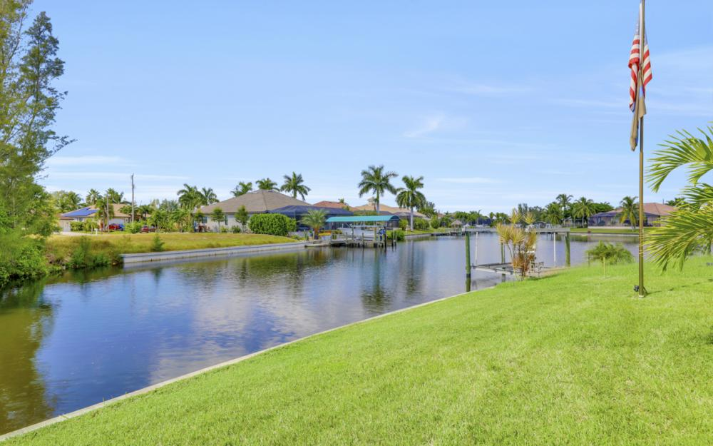 4710 SW 19th Pl, Cape Coral - Luxury Home For Sale 1718550456