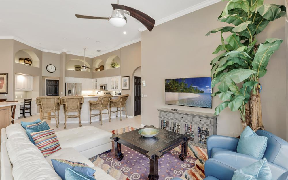 818 Hyacinth Ct, Marco Island - Vacation Rental 2023890569
