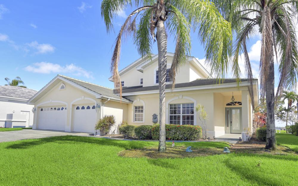 9900 Caloosa Yacht and Rcqt Dr, Fort Myers - Home For Sale 2046098726