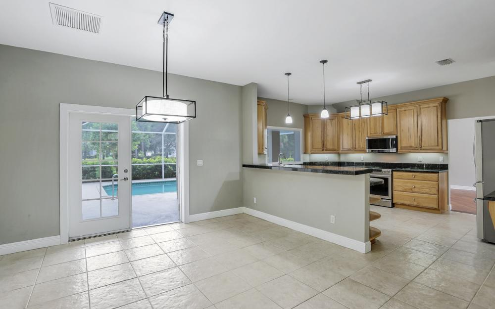 1842 Piccadilly Cir Cape Coral - Home For Sale 356688339