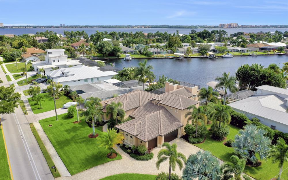1206 El Dorado Pkwy E Cape Coral - Luxury Home For Sale 222778195