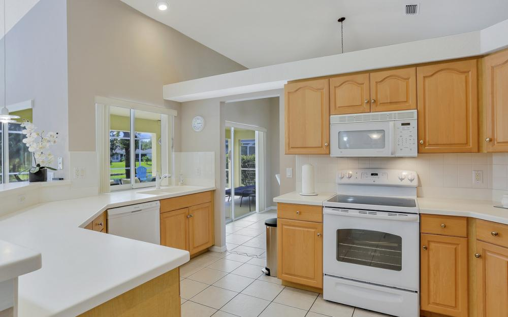 1046 SW 57th St Cape Coral - Vacation Rental 98320792