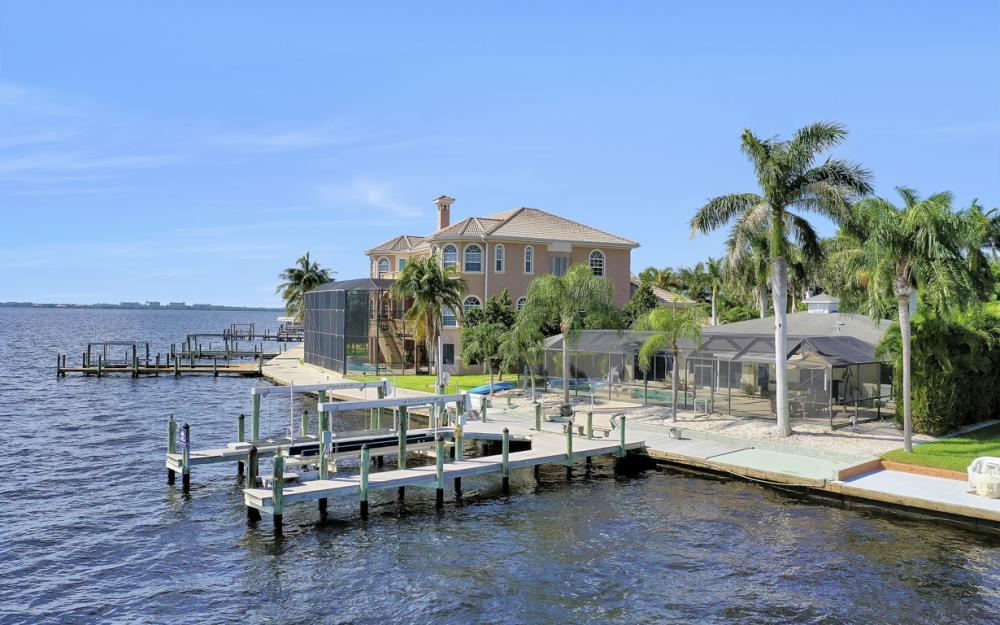 5921 SW 1st Ave, Cape Coral - Home For Sale 351356278