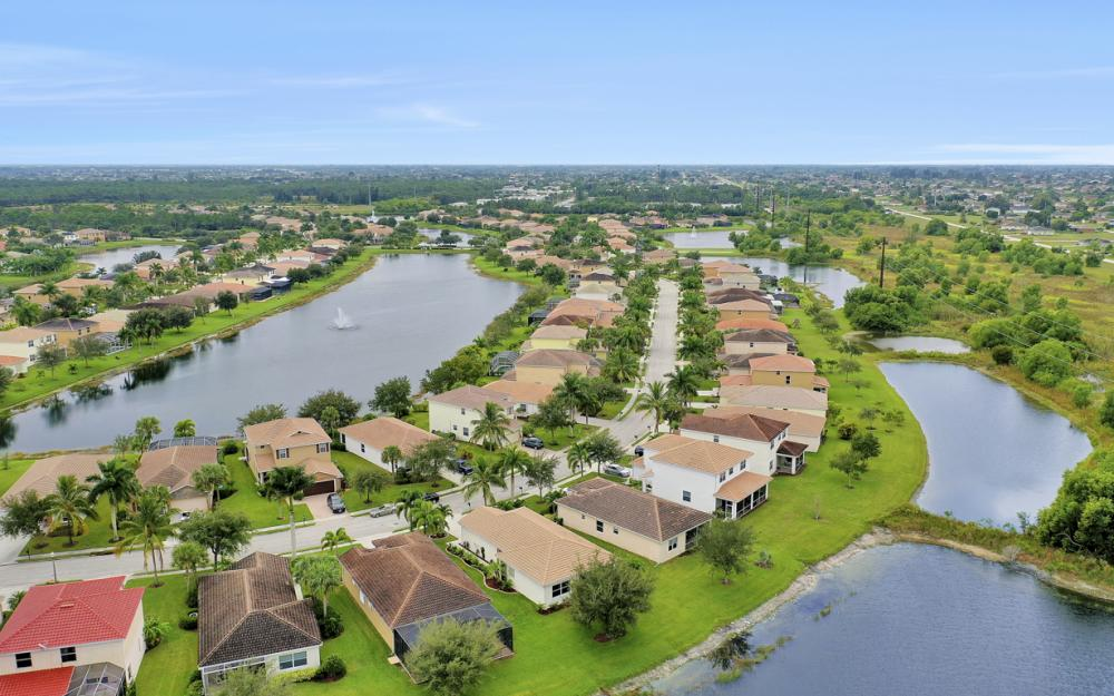 2706 Blue Cypress Lake Ct, Cape Coral - Home For Sale 843642166