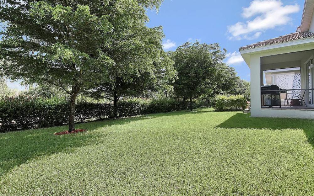 8278 Sumner Ave, Fort Myers - House For Sale 2126276944