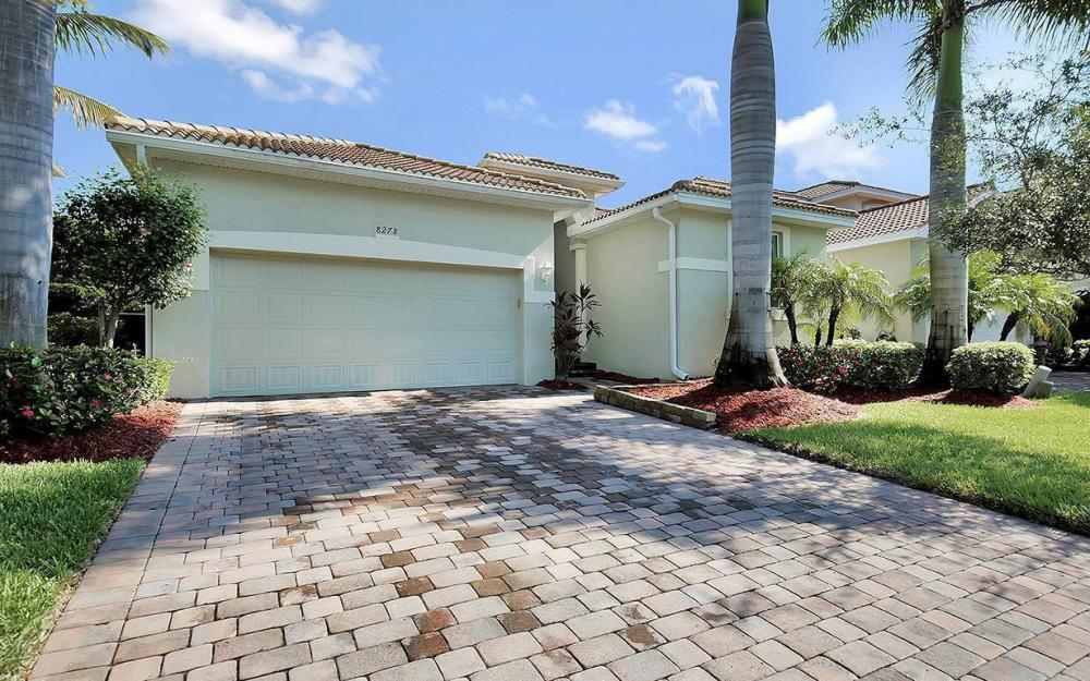8278 Sumner Ave, Fort Myers - House For Sale 261547028