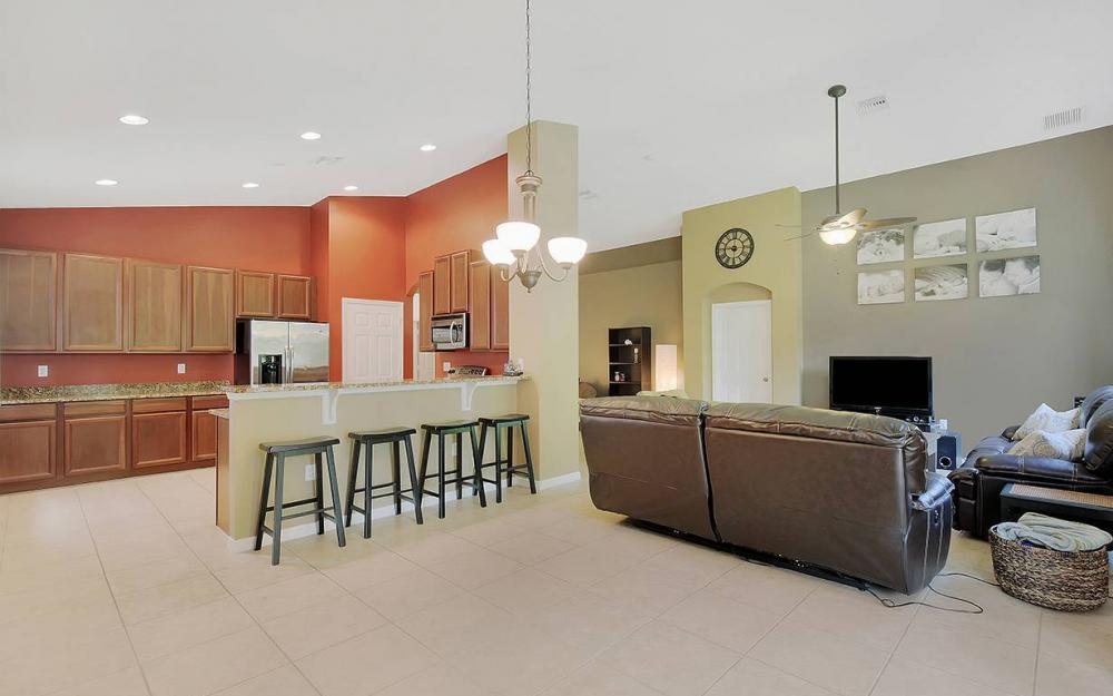 8278 Sumner Ave, Fort Myers - House For Sale 967671488