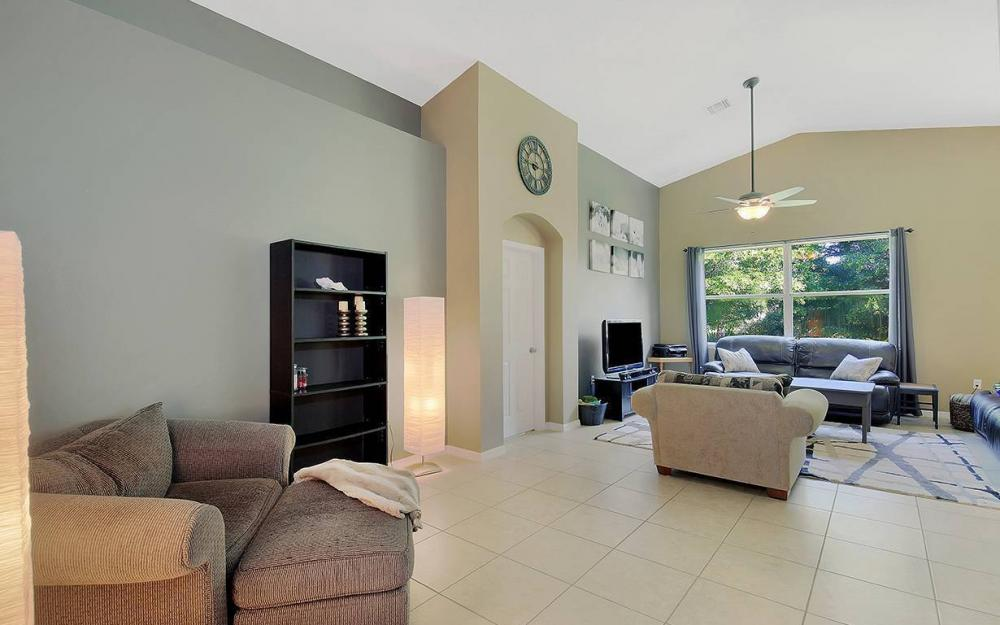 8278 Sumner Ave, Fort Myers - House For Sale 569366178