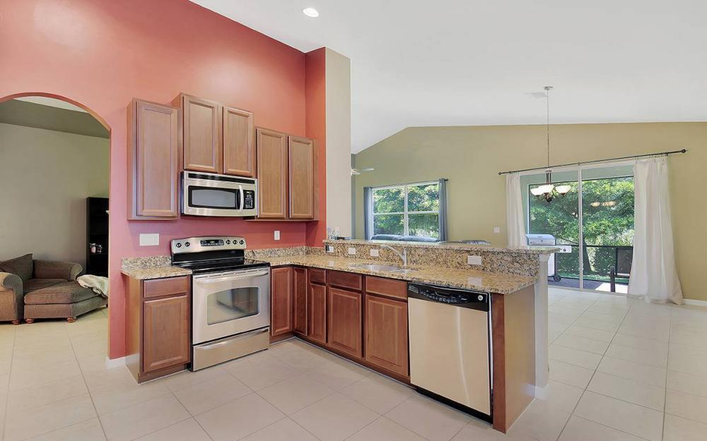 8278 Sumner Ave, Fort Myers - House For Sale 2066443381