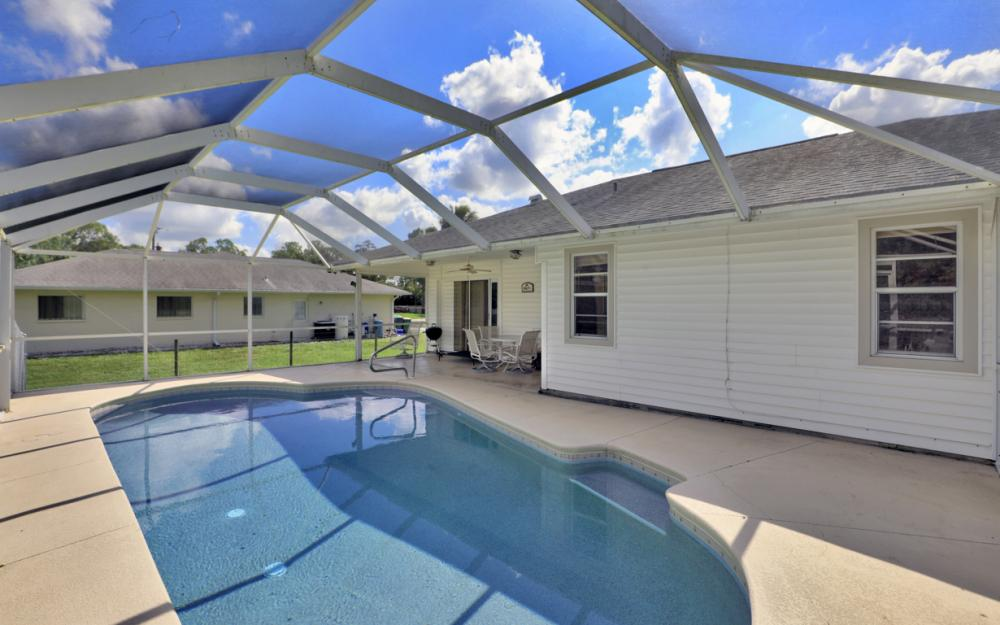 6187 Green Blvd Naples - Home For Sale 132793537