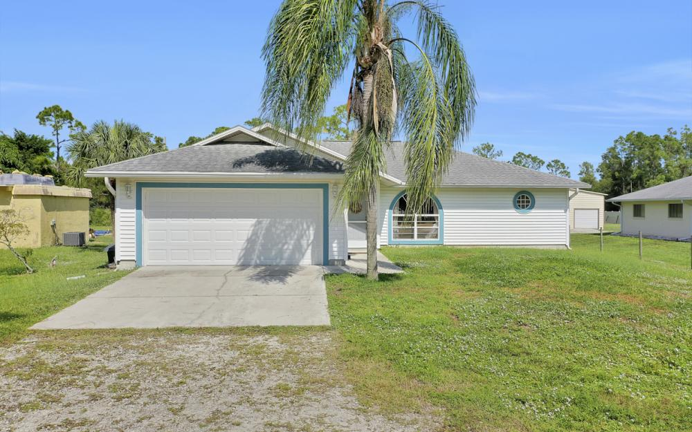 6187 Green Blvd Naples - Home For Sale 21233992