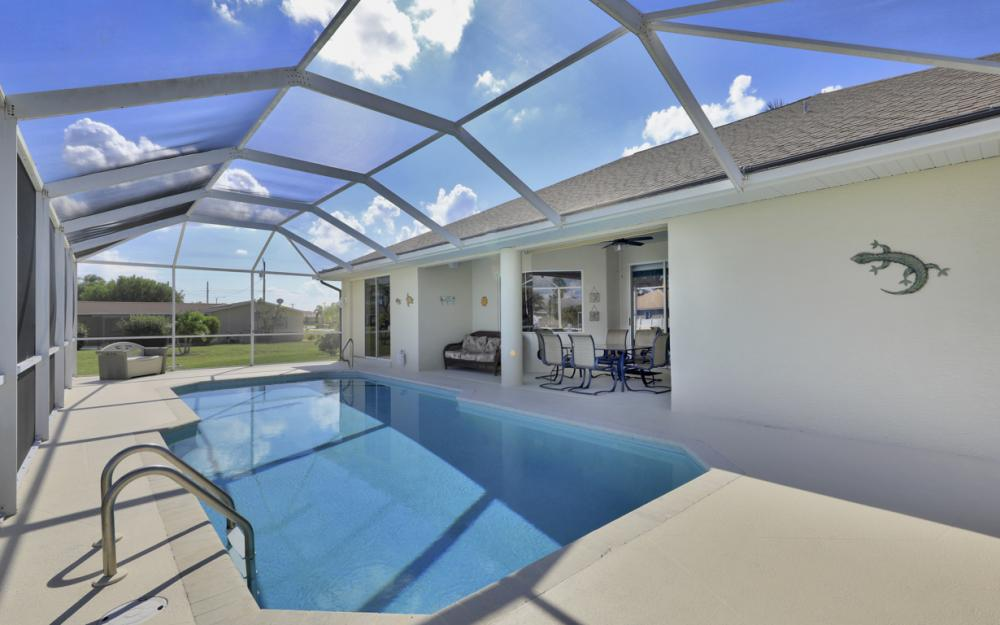 4701 Sands Blvd, Cape Coral - Home For Sale 1893042580