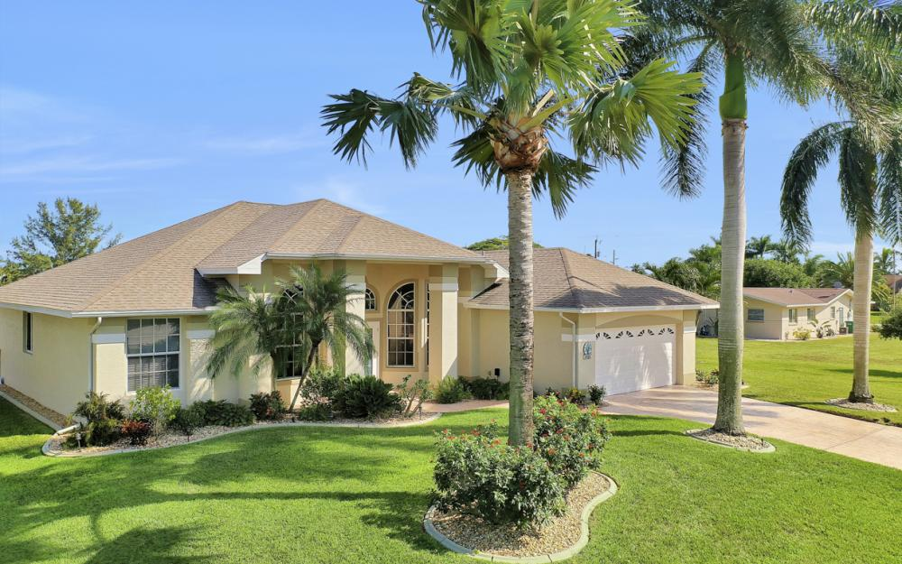 4701 Sands Blvd, Cape Coral - Home For Sale 1731020404