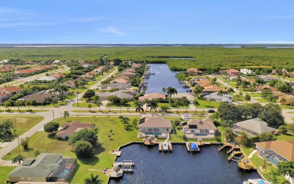 4701 Sands Blvd, Cape Coral - Home For Sale 503809341