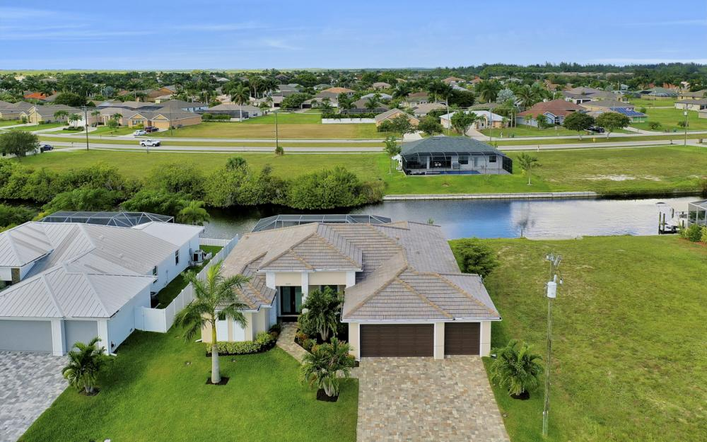2608 SW 24th Ave, Cape Coral - Home For Sale 971941278