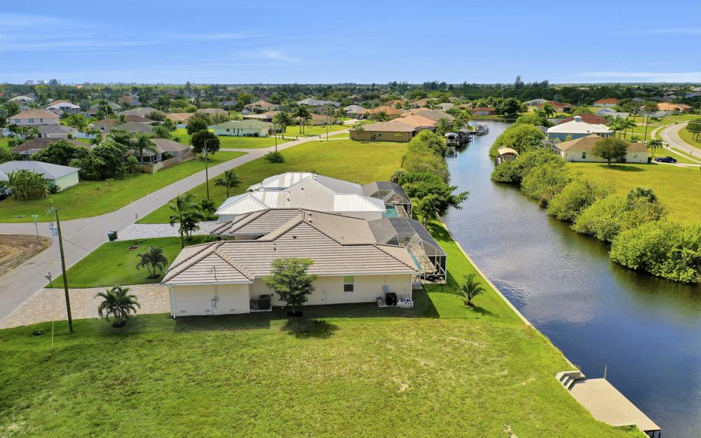 2608 SW 24th Ave, Cape Coral - Home For Sale 1212028896