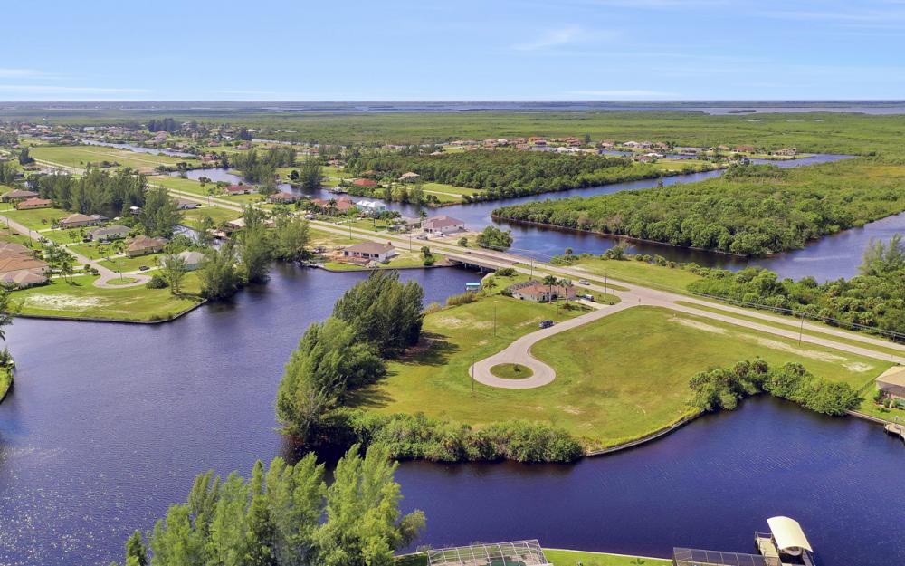 3903 NW 19th St, Cape Coral - Lot For Sale 1702047684