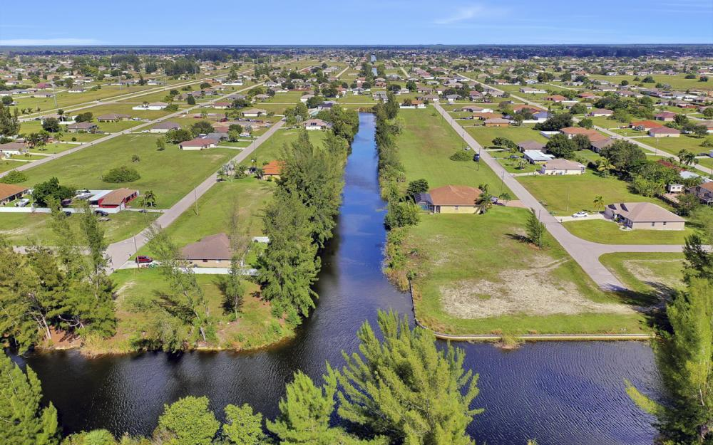 1024 NE 1st PL, Cape Coral - Lot For Sale 1215226317