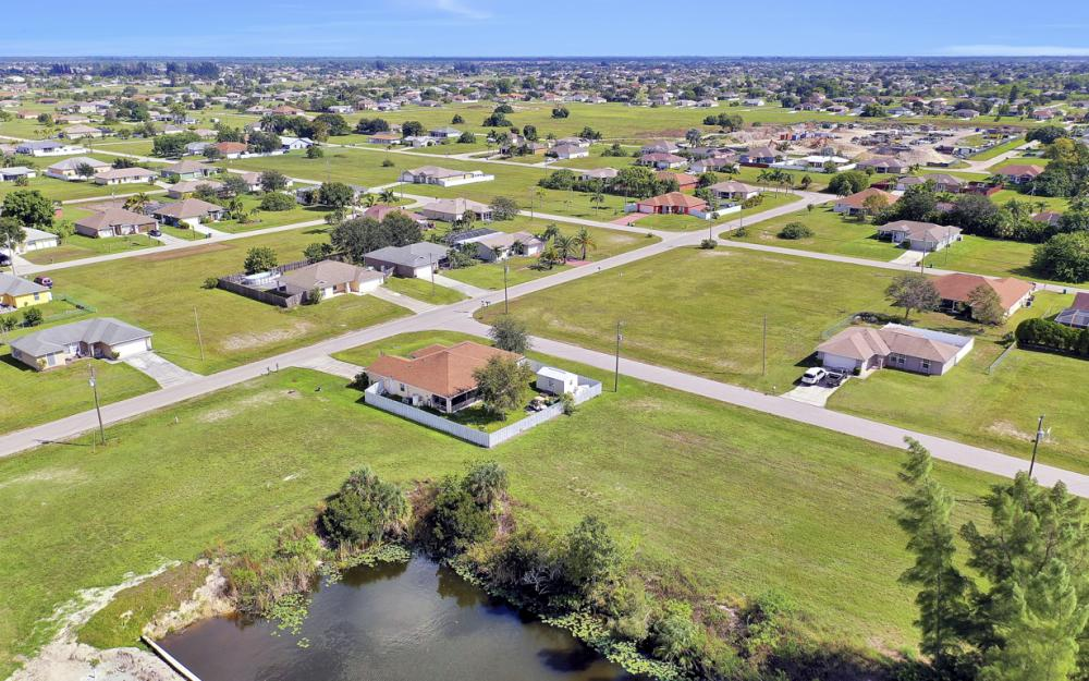 1024 NE 1st PL, Cape Coral - Lot For Sale 57084572