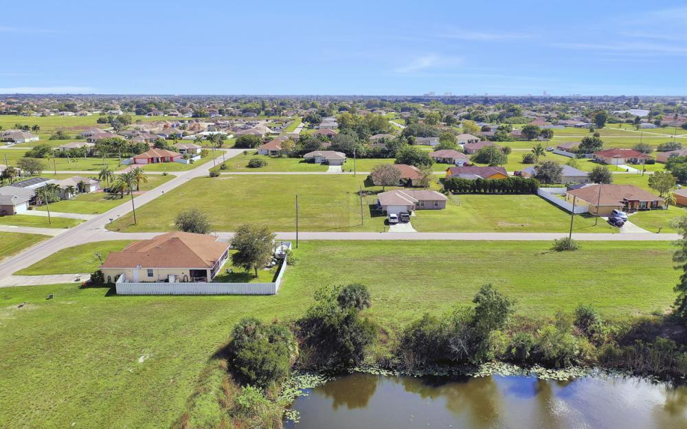 1024 NE 1st PL, Cape Coral - Lot For Sale 995964058